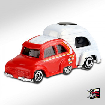 HotWheels RV There Yet Red